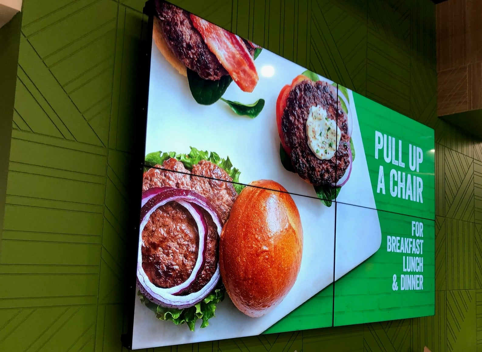 Sobeys renews its confidence in VIF Télé for its in-store Digital Signage network